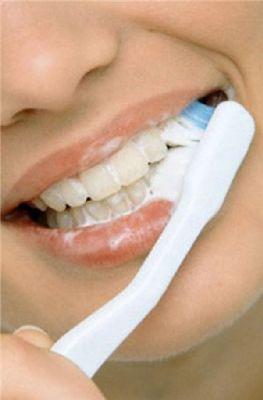Signs of cutting teeth